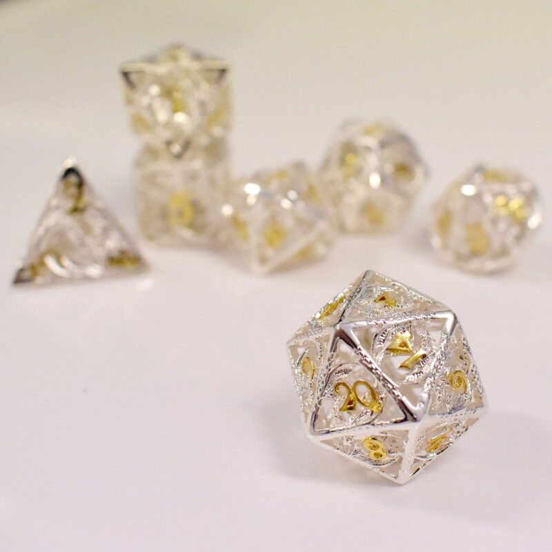 Hollow-White-Gold-Metal-Dice-D20a